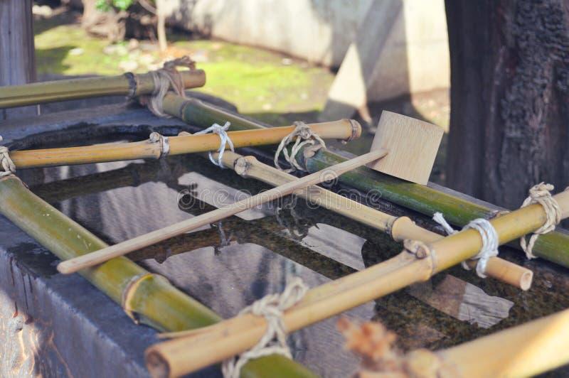 Синтоистский павильон омовения воды стоковое фото