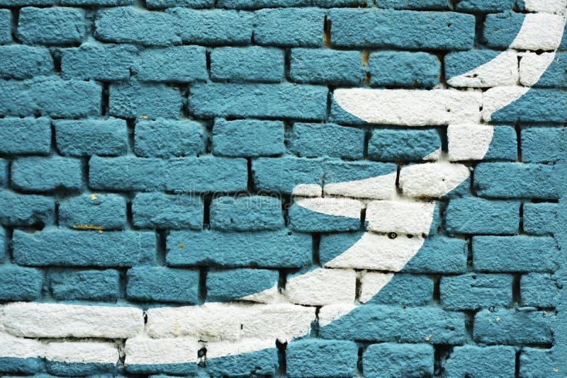 Синь покрасила текстуру предпосылки кирпичной стены - с художнической белой формой стоковое изображение rf