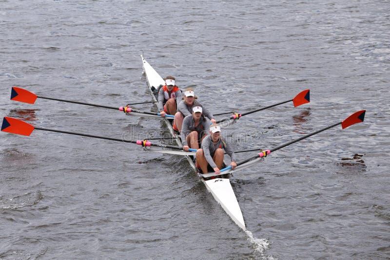Сиракуз участвует в гонке в голове Eights людей регаты Чарльза мастерского стоковое изображение rf