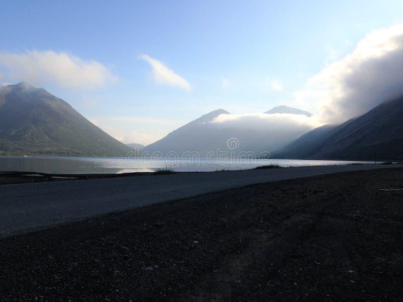 Сиротливый король Бухта Аляска дороги стоковые изображения