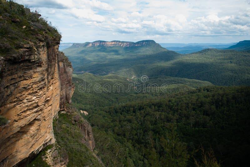 сиротливая гора стоковое изображение