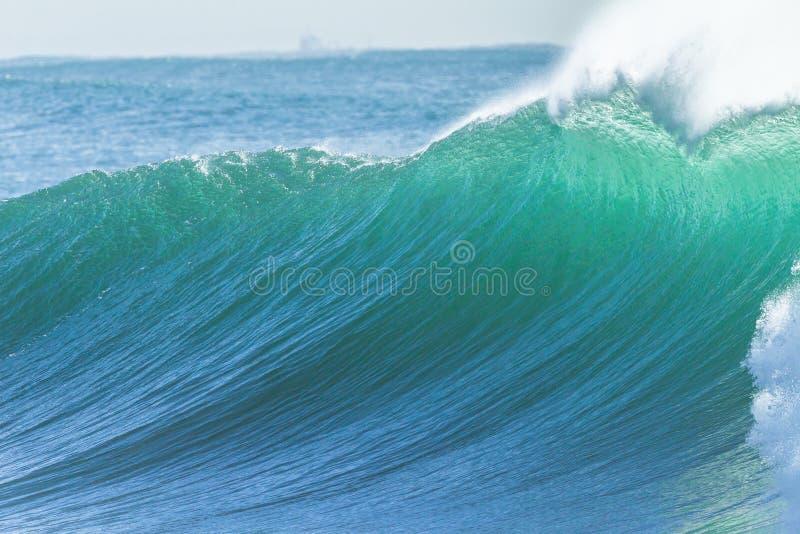 Сила воды океанской волны стоковая фотография rf