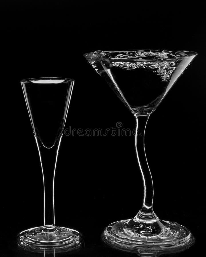 Силуэты стекел коктеиля стоковая фотография