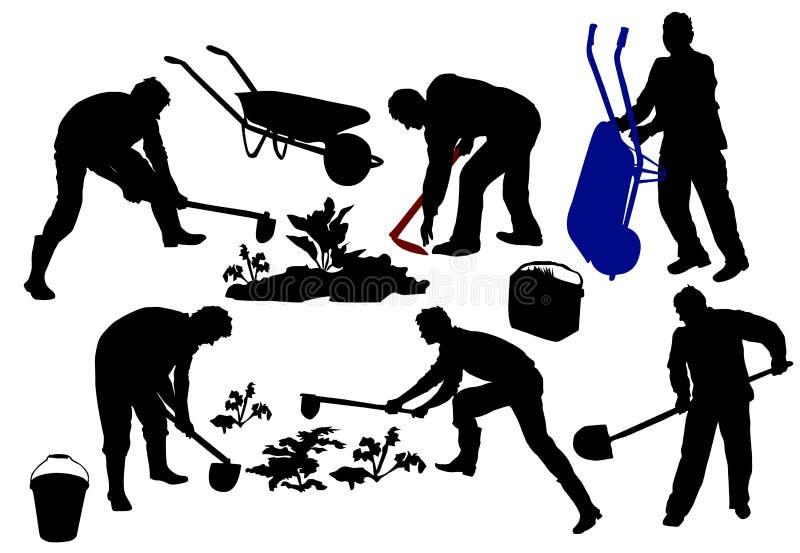 Силуэты фермеров работая с инструментами стоковые изображения