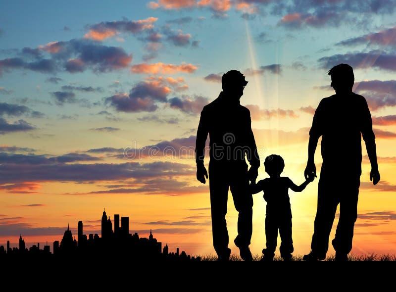 Силуэт родителей гомосексуалиста с ребенком стоковое изображение rf