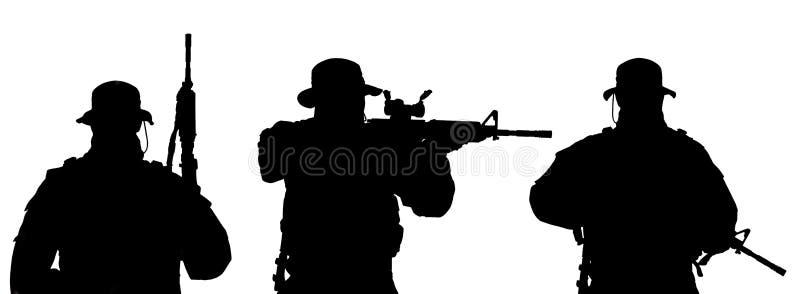 Силуэт солдата бесплатная иллюстрация