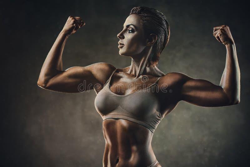 Сильная женщина спорт стоковые изображения rf