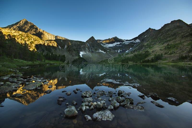Сильное озеро стоковая фотография rf