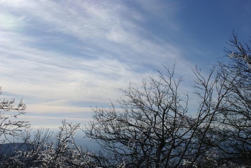 Сказ зимы горы в Gelendzhik стоковые изображения rf