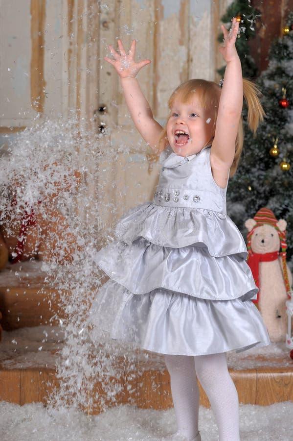 Сказ рождества с девушкой стоковая фотография rf