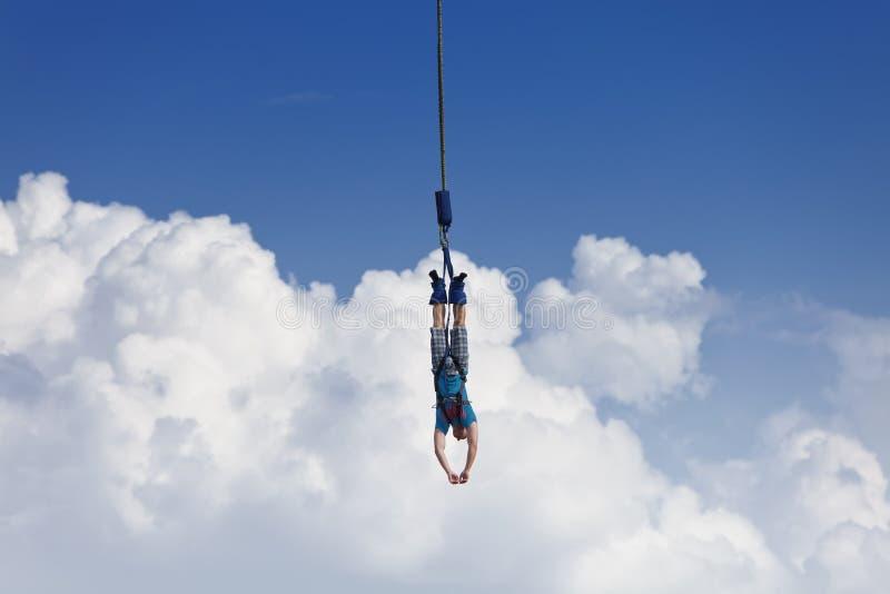 скакать bungee стоковое фото