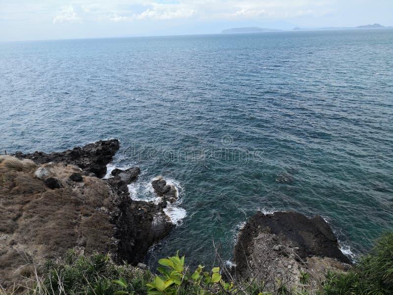 Скала пляжа стоковое изображение