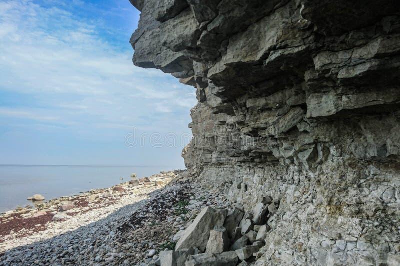 Скала Pank- Panga самая высокая в Saaremaa стоковые изображения rf