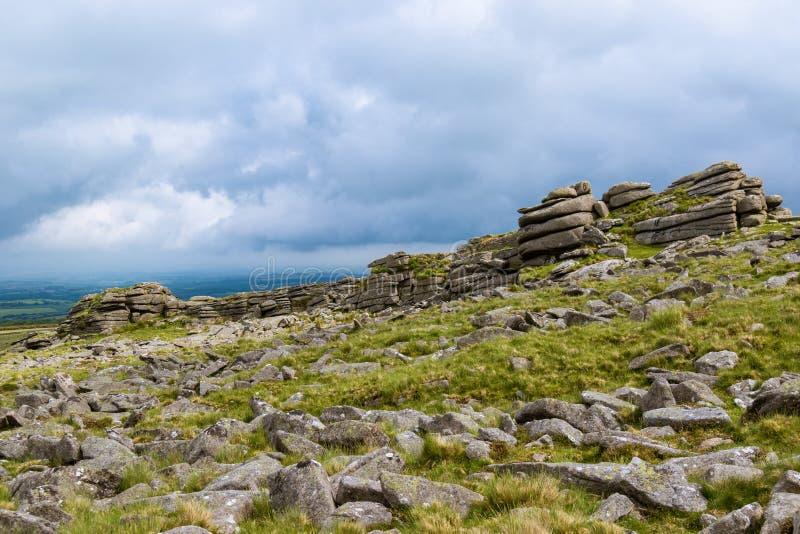 Скалистая вершина Belstone на Dartmoor стоковые изображения rf