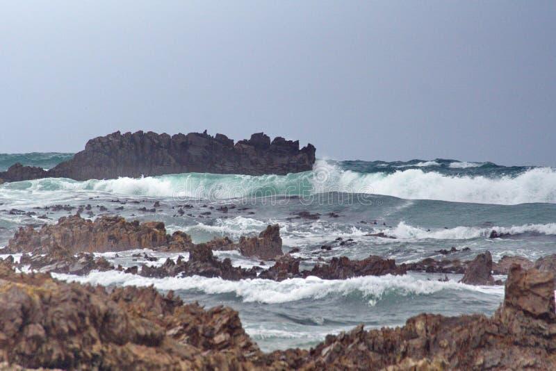 Скалистый островок с Kleinbaai стоковое изображение rf