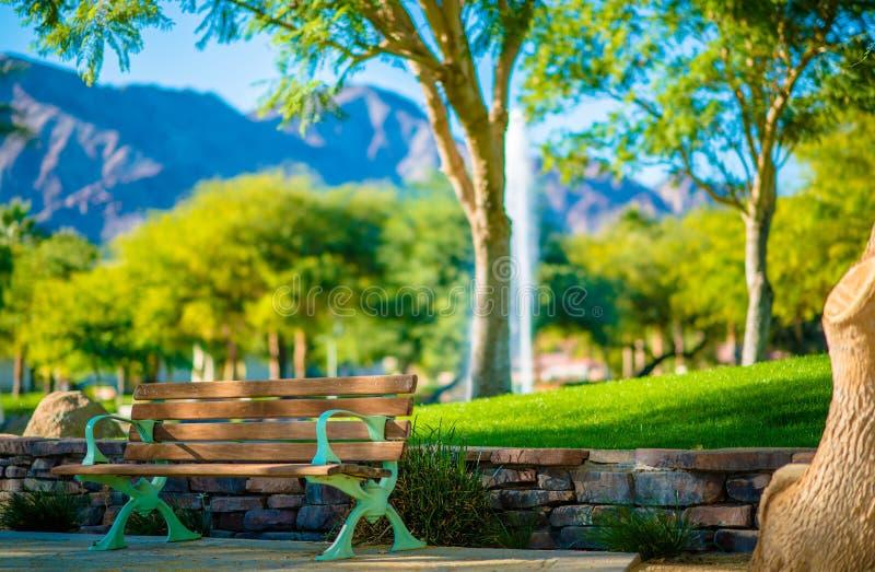 Скамейка в парке La Quinta стоковые изображения