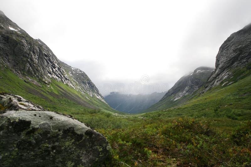 Скандинавия, долина Troll стоковые изображения