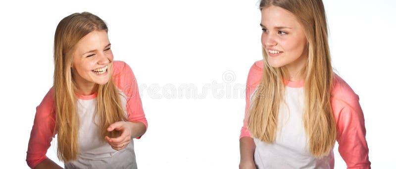 Скандинавский милый клонированный портрет маленькой девочки имеющ потеху стоковое фото