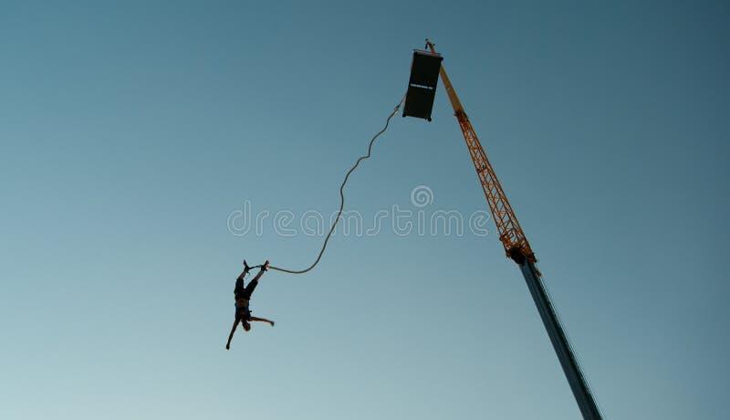 скачка bungee стоковые фото