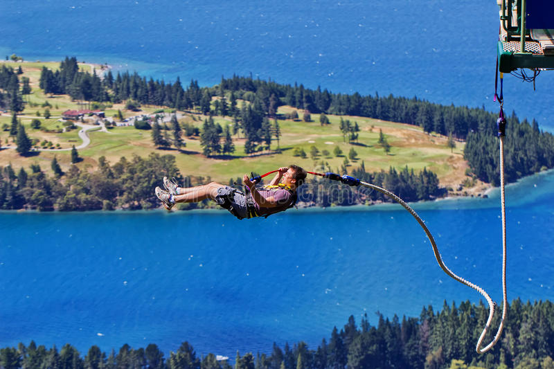 Скачка Queenstown bungy стоковое фото rf