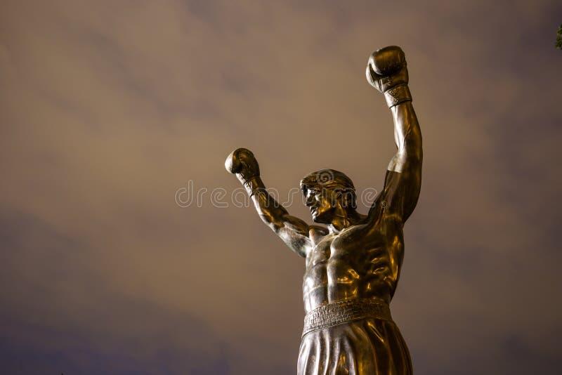 Скалистая статуя в Филадельфии стоковое фото rf
