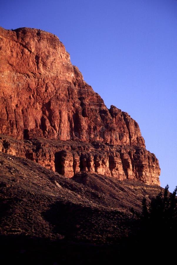 Скалистое runrise в каньоне стоковое изображение