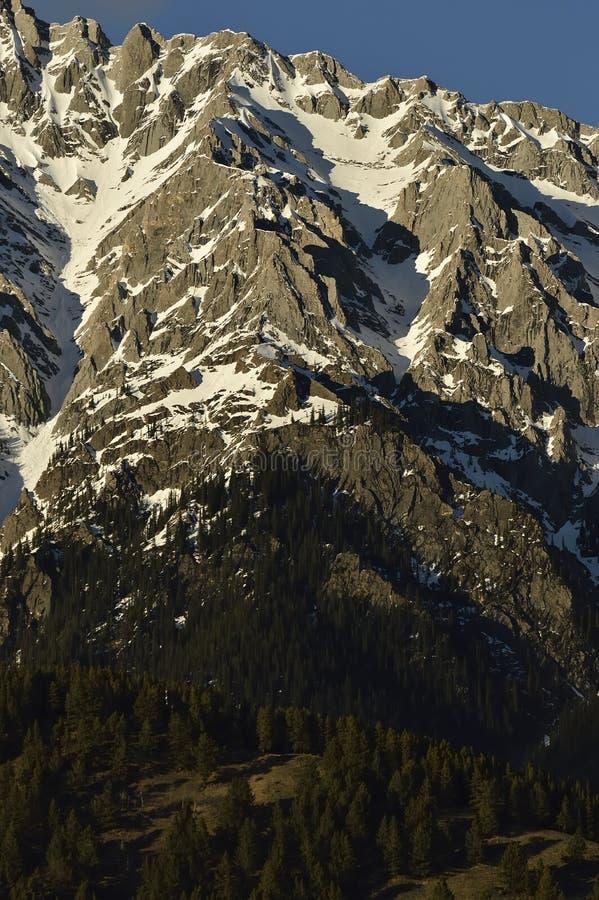 Скалы горы стоковое фото