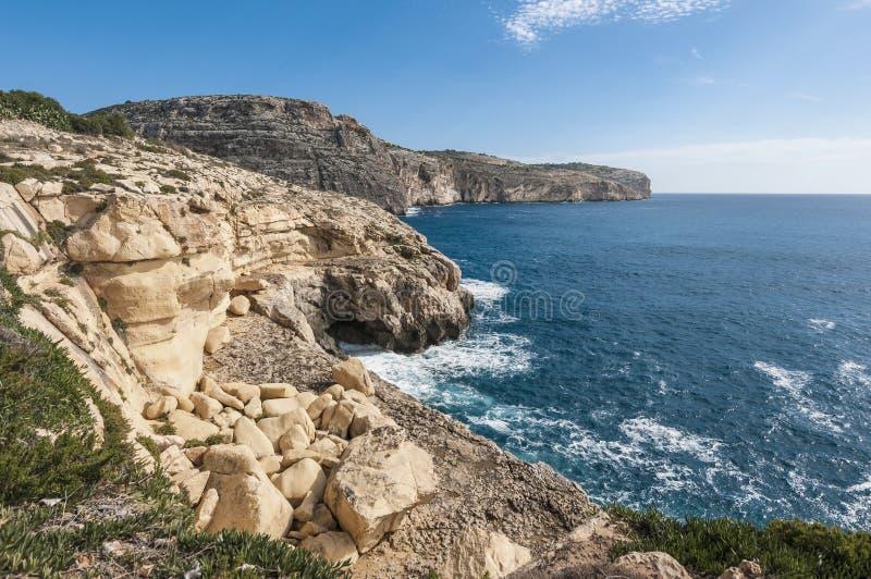 Скалы Dingli в Мальте стоковое изображение rf
