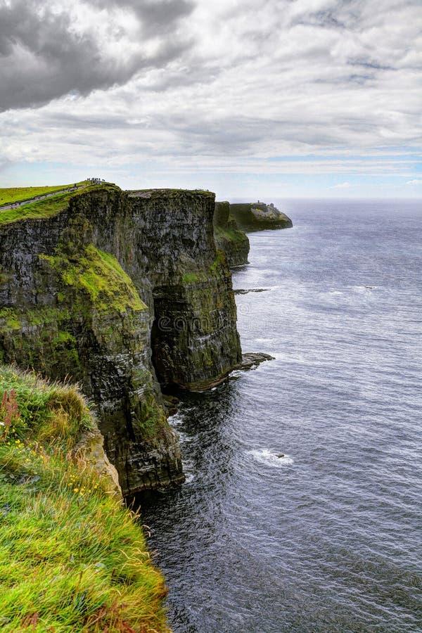 Скалы Moher, зоны Burren в графстве Кларе стоковые фотографии rf