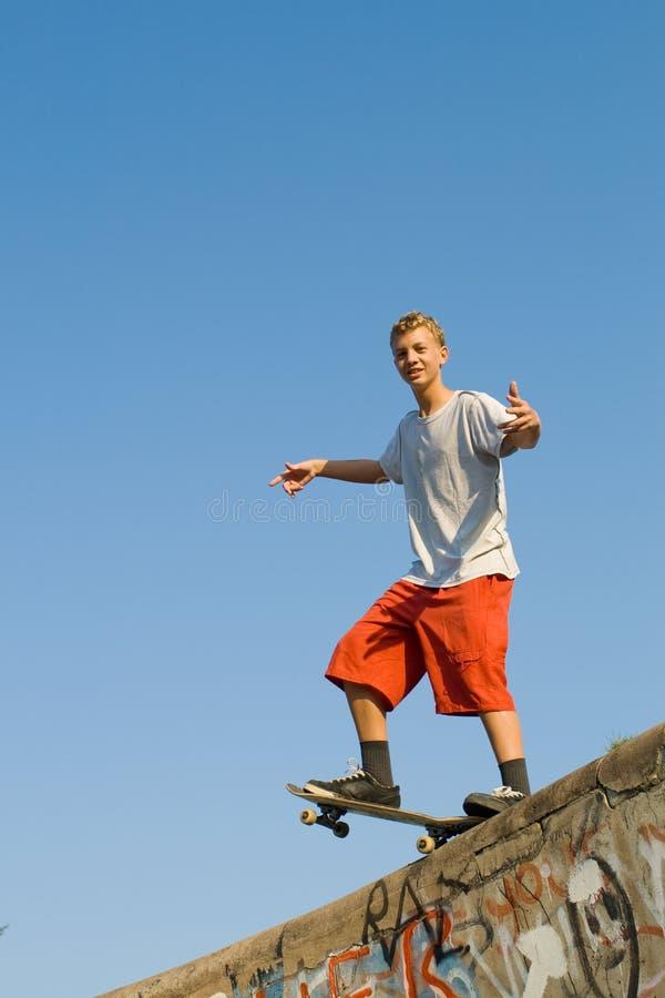 скейтбордист стоковое изображение rf