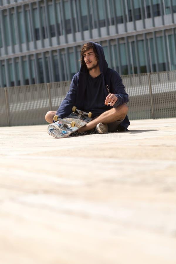 скейтбордист стоковые изображения rf