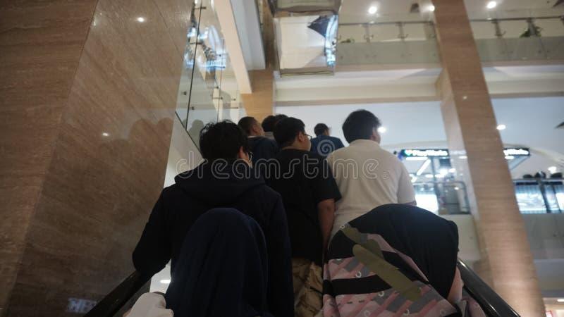 Скидка Eid перед al-Fitr Eid в торговом центре Yogyakarta Hartono стоковые фото