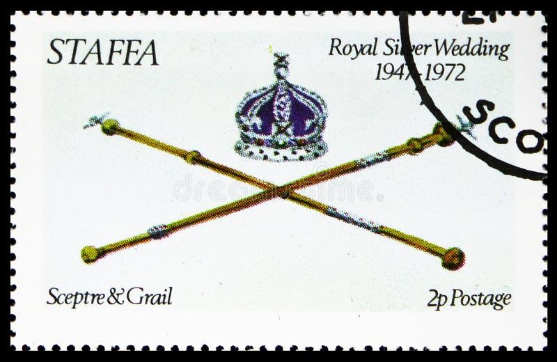 Скипетр и Grail, королевская серебряная свадьба, serie Staffa Шотландии, около 1972 стоковые изображения