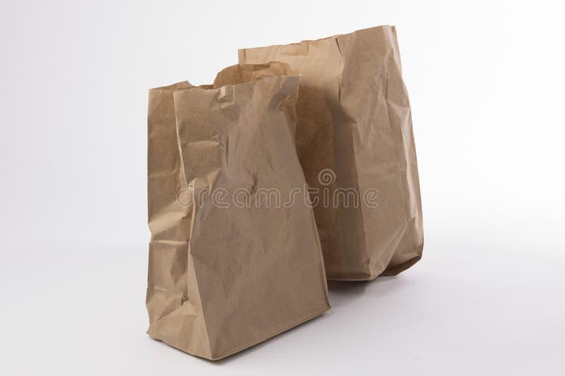 2 скомкали бумажную сумку стоковое изображение rf