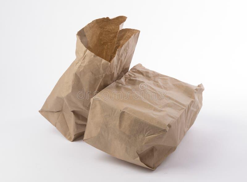 2 скомкали бумажную сумку стоковые изображения