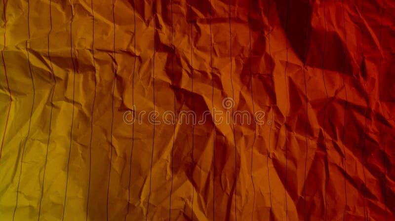 Скомканные нашивки линии завертывают multi влияния в бумагу цвета кладут в мешки ( стоковое изображение