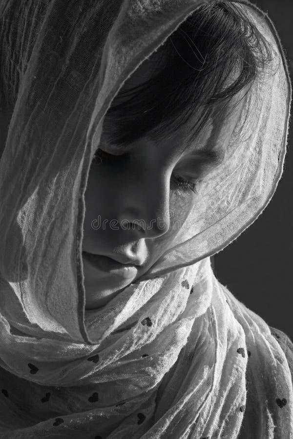 Скорба маленькой девочки - портрета стоковые фотографии rf