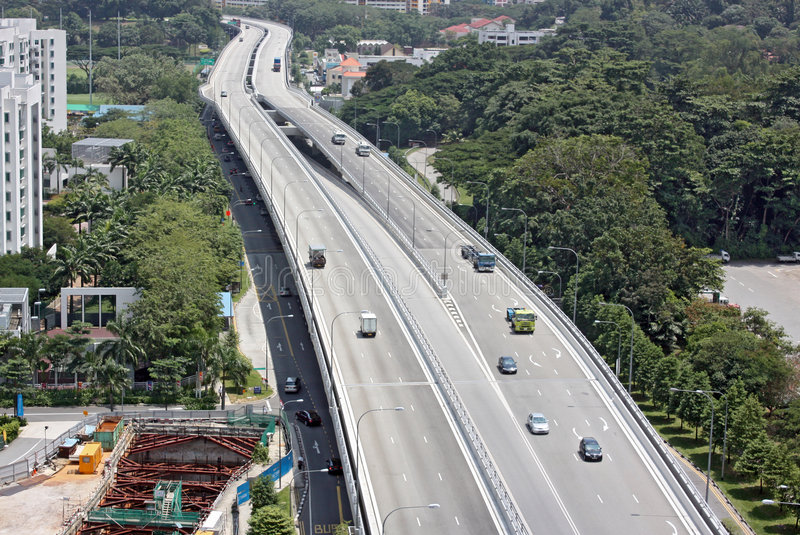 скоростная дорога внепиковая стоковые изображения rf