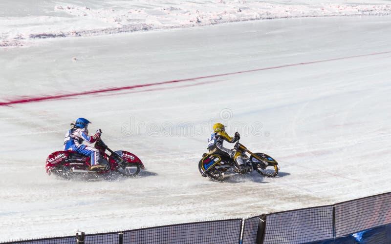 Скоростная дорога льда Kazakhctan альманаха стоковая фотография rf