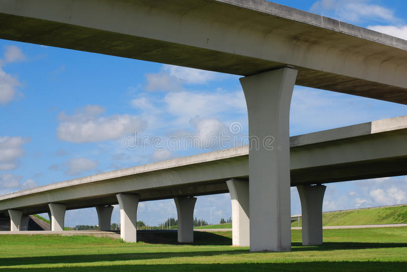 скоростные дороги florida южный стоковое фото rf