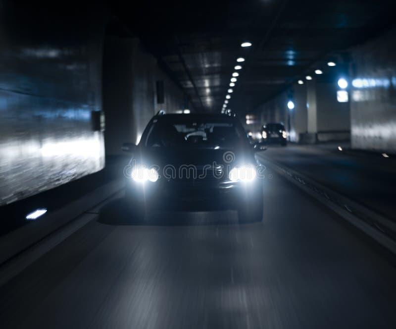 скорость автомобиля стоковое фото
