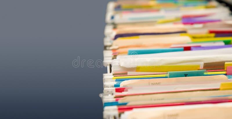 скоросшиватели архива данных полные стоковое изображение