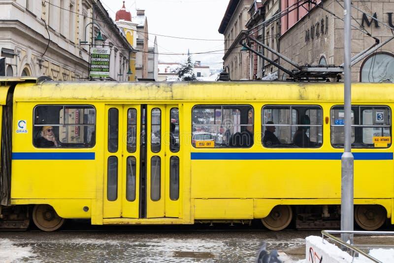Скрещивание поезда в Сараеве стоковое изображение