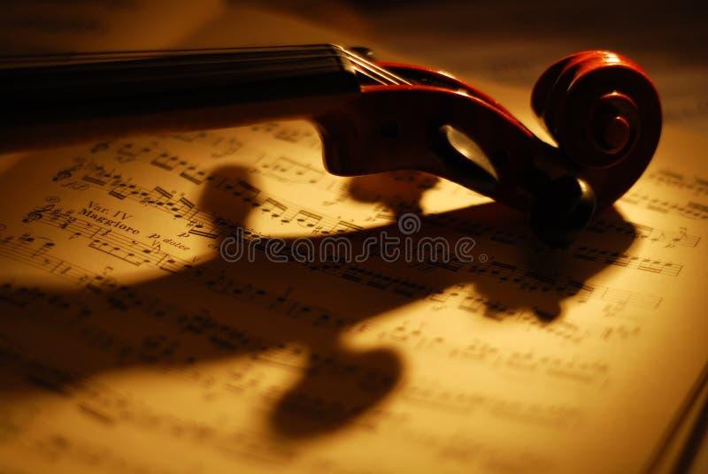 скрипка нот 3 стоковое изображение rf