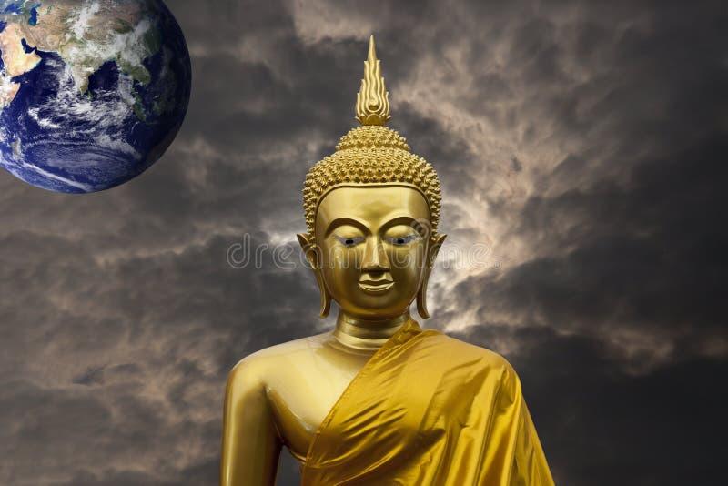 Скульптура Гаутама Будда стоковое изображение