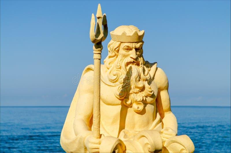 Скульптура Нептун в профиле стоковое изображение