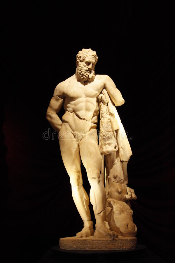 Скульптура Herakles стоковая фотография rf