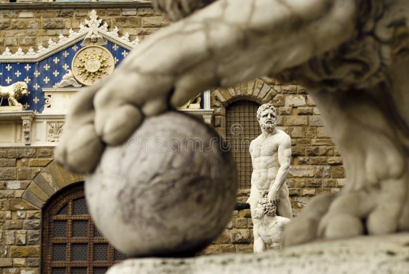 скульптура hercules cacus стоковые фотографии rf