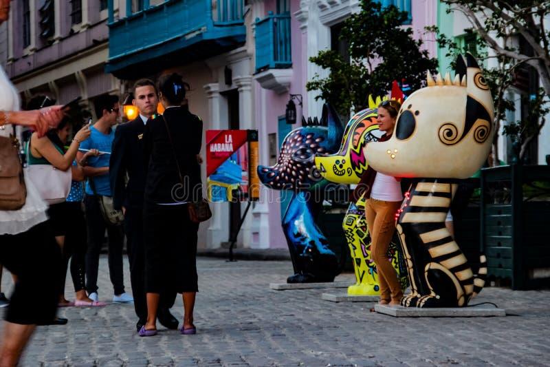 Скульптуры Xico на Сан-Франциско de Asis Квадрате в Гаване, Кубе стоковая фотография rf