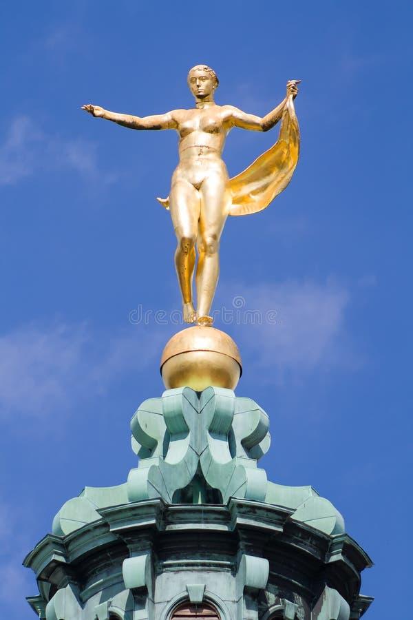 Скульптура богини Фортуны стоковое фото rf